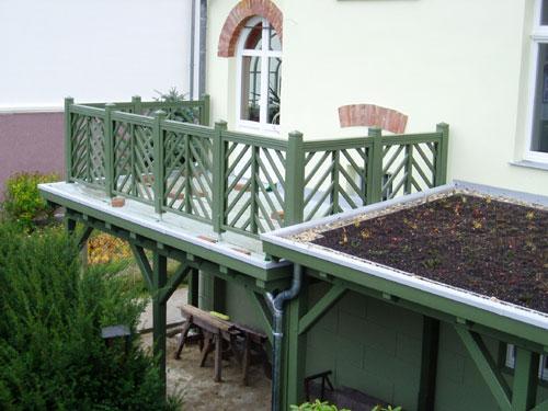 Balkon und Vordach nach historischem Vorbild